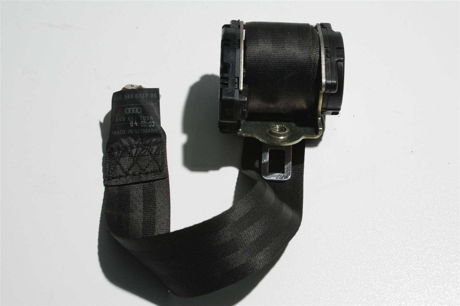 Audi 80 B4 Avant Sicherheitsgurt Hinten  schwarz 8A9857709A
