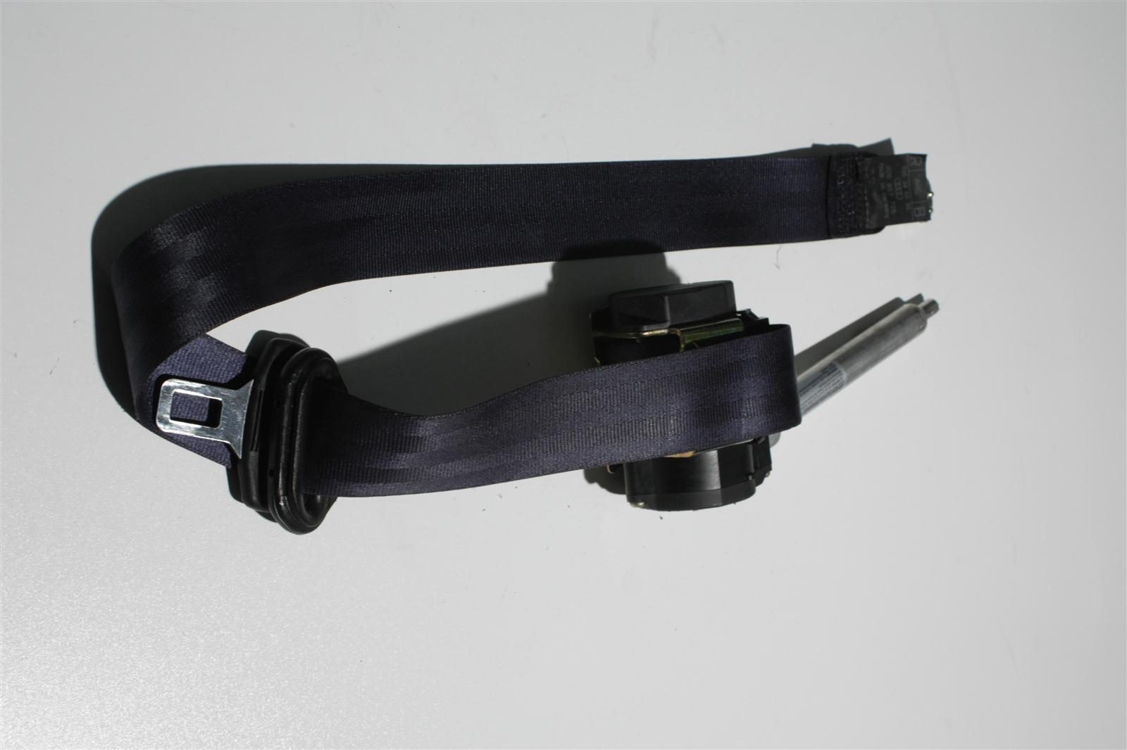 Audi 80 B4/A4 B5 Sicherheitsgurt + Gurtstraffer Vorne Rechts blau 8D0857706