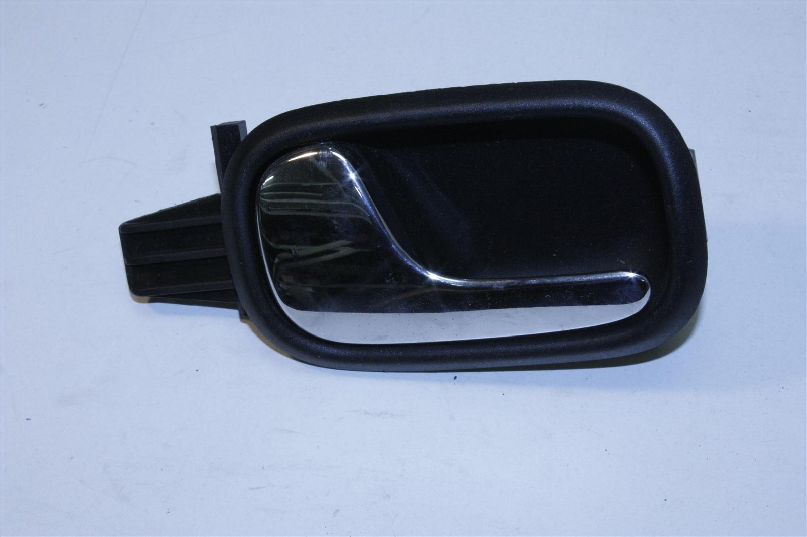 Audi A4 B5 Innenbetätigung / Türgriff Hinten Links schwarz 8D0839019