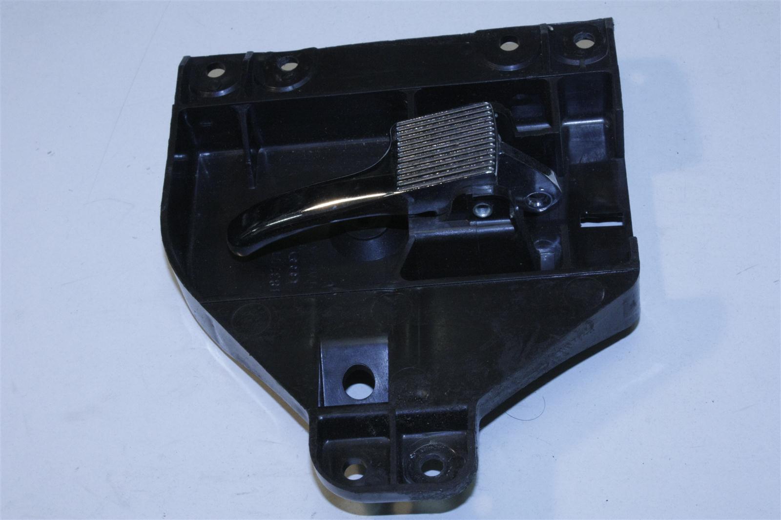 Audi 80/90 Typ 81/85/Urquattro 100/200 Typ 43 Innenbetätigung negro 811837020A 811837710