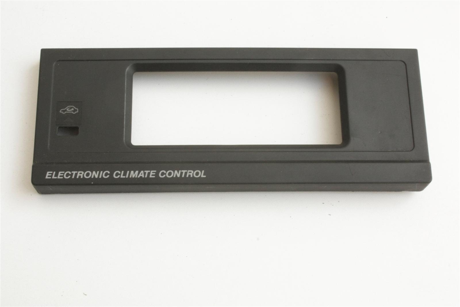 Audi 80/90 Typ 89 Blende Klima Plastik mit Umluftfunktion schwarz 893820325G