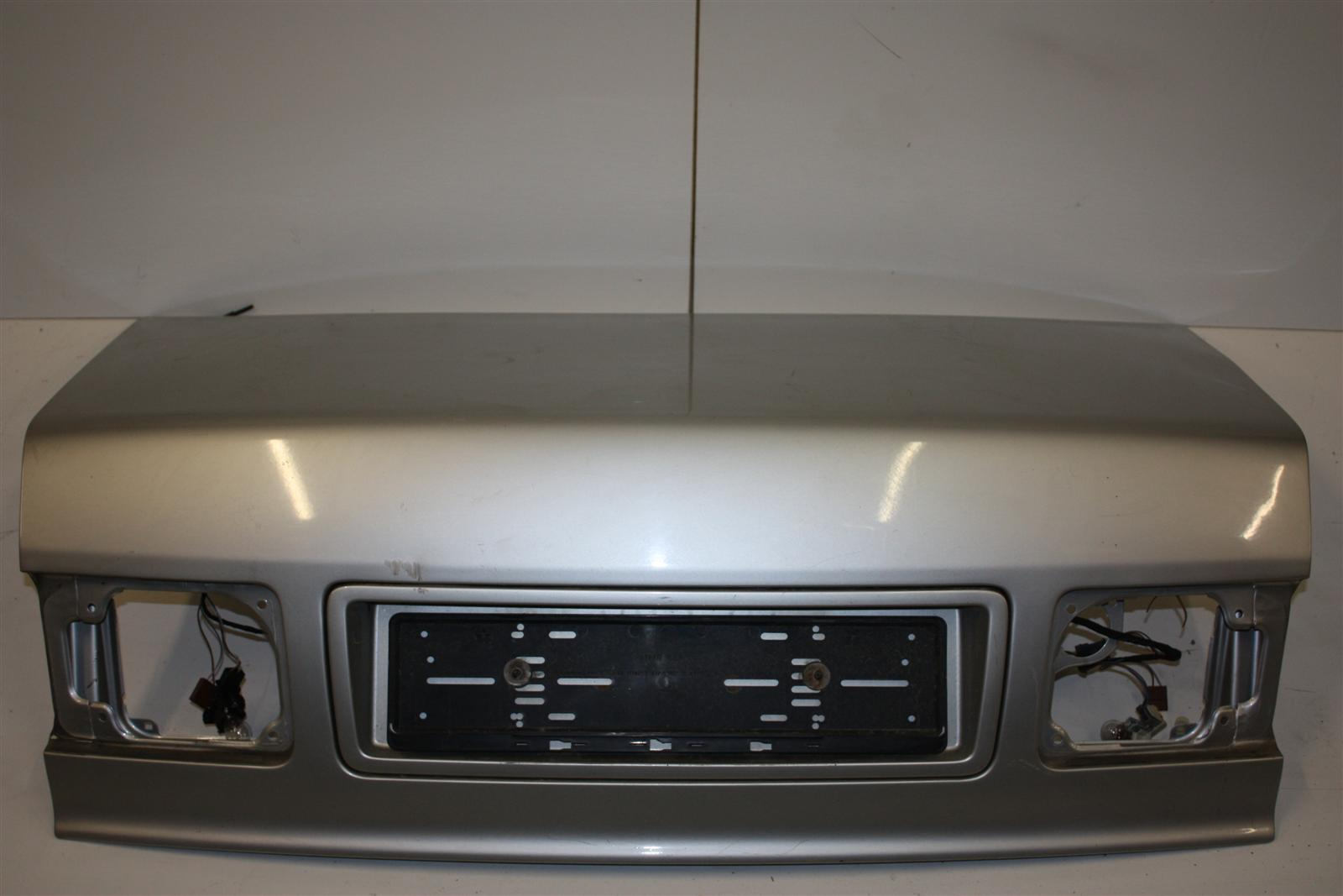 Audi A8/S8 D2 Limousine Heckklappe Alusilber LY7M 4D0827023N