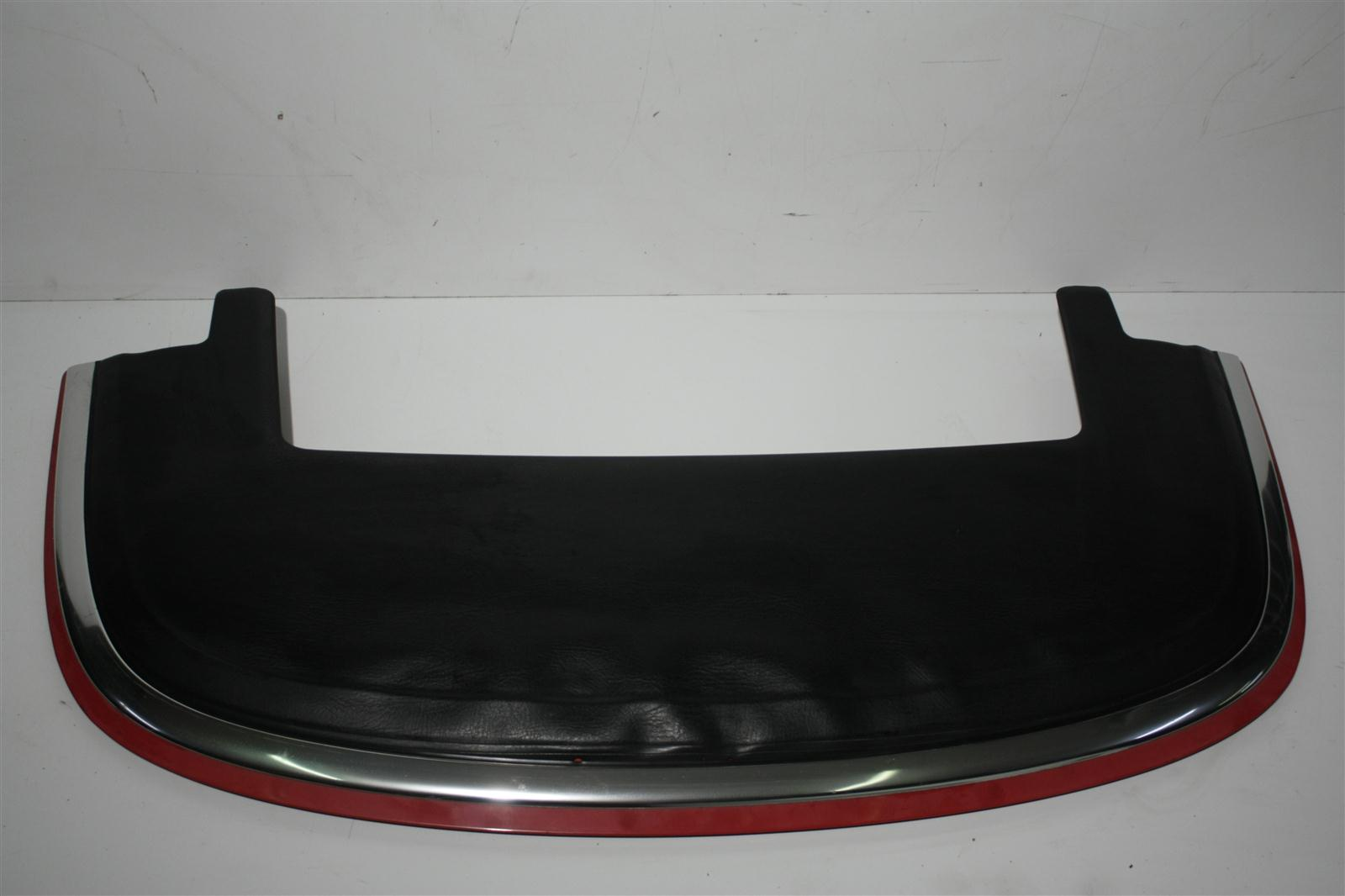 Audi Cabrio Typ 89 Verdeckdeckel Farbe rot, Bezug schwarz
