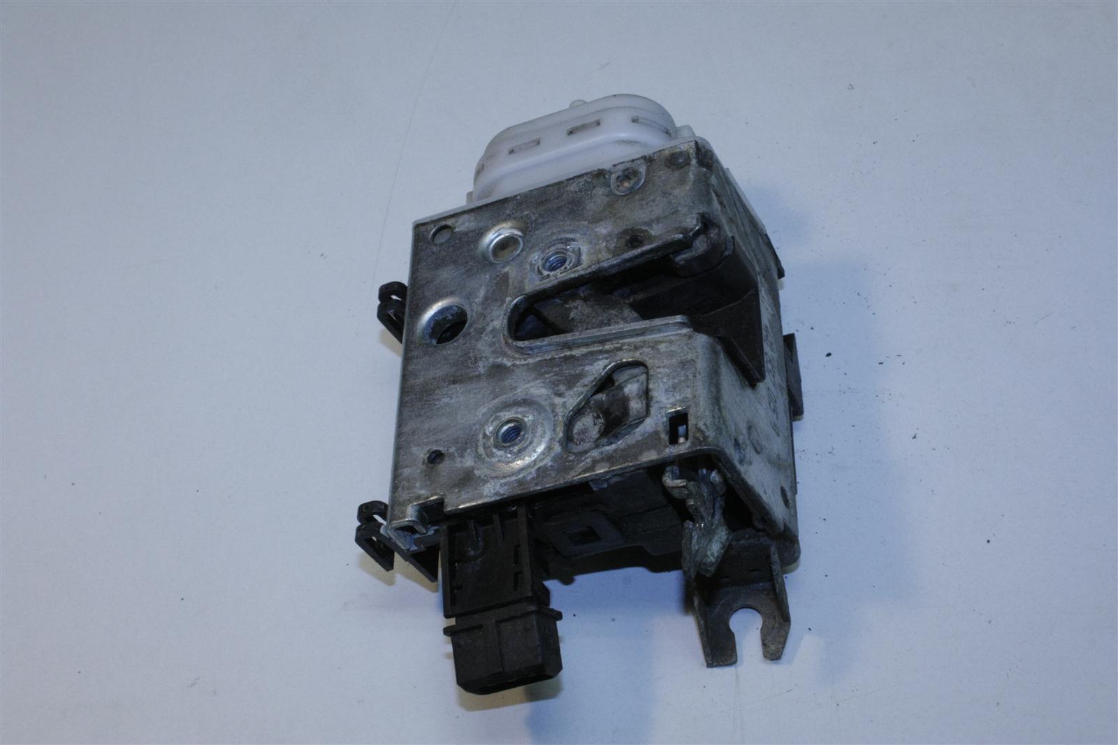 Audi 100/A6 C4 Türschloss Vorne Links 4A1837015G 4A1837015B