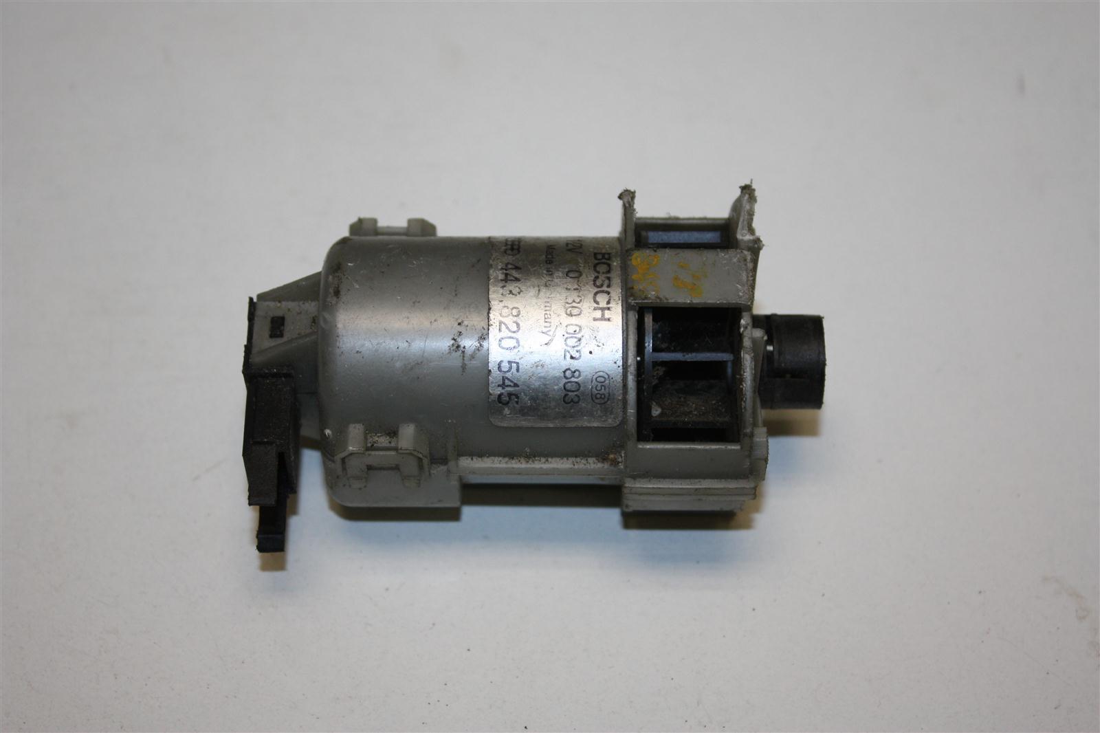 Audi 80/100/A6 C4/V8 Gebläse Temperaturfühler Amaturenbrett 443820545