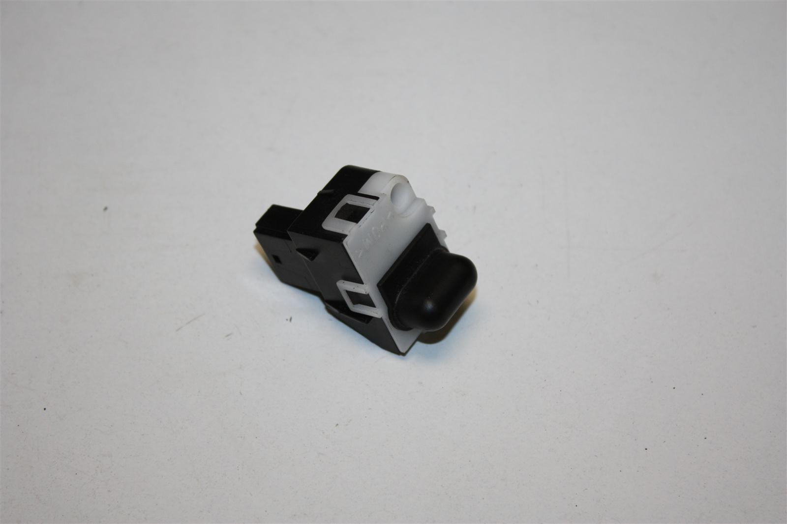 Audi A6 4B/A8 Sonnensensor 4D0907539