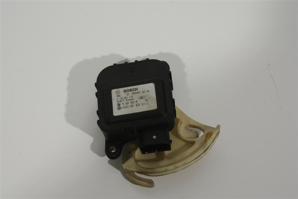 Audi A4/S4/RS4/B5 Stellmotor Klimaanlage 8D1820511E