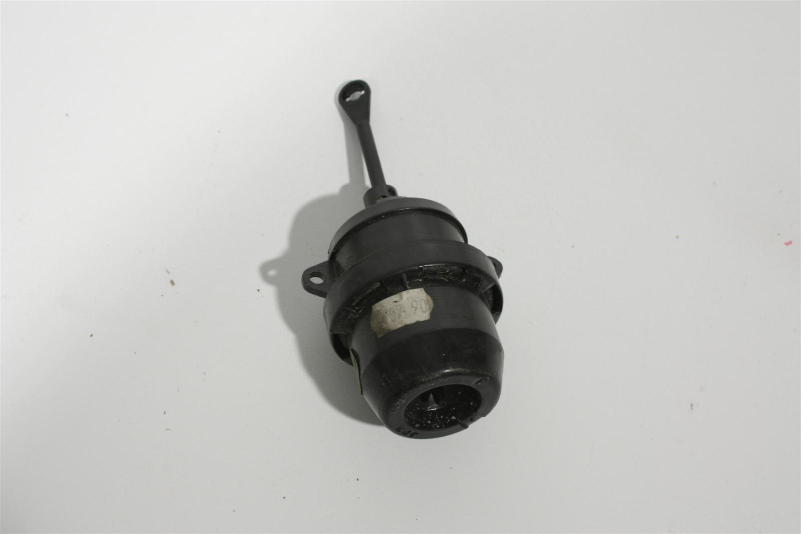 191820677B Audi 80/90 Typ 89/B4/A4 Unterdruck Stellelement Klimaanlage