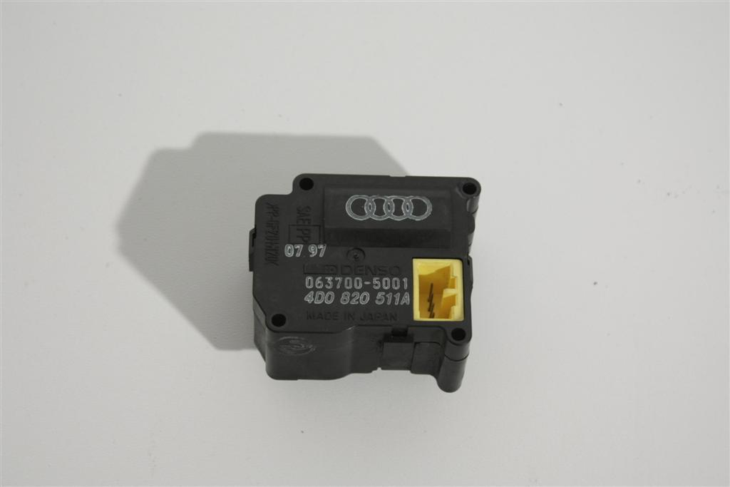 Audi A8/S8 D2 Stellmotor Klimaanlage 4D0820511A