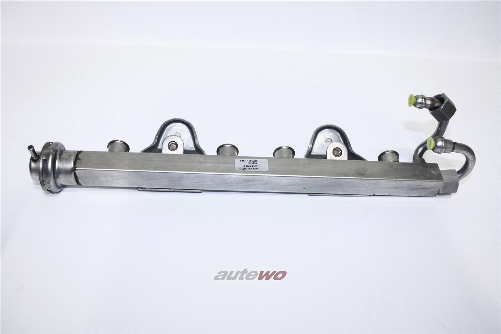 039133317C 037133035C NEU Audi/VW 80 B4/Coupe/Cabrio 89 Einspritzleiste