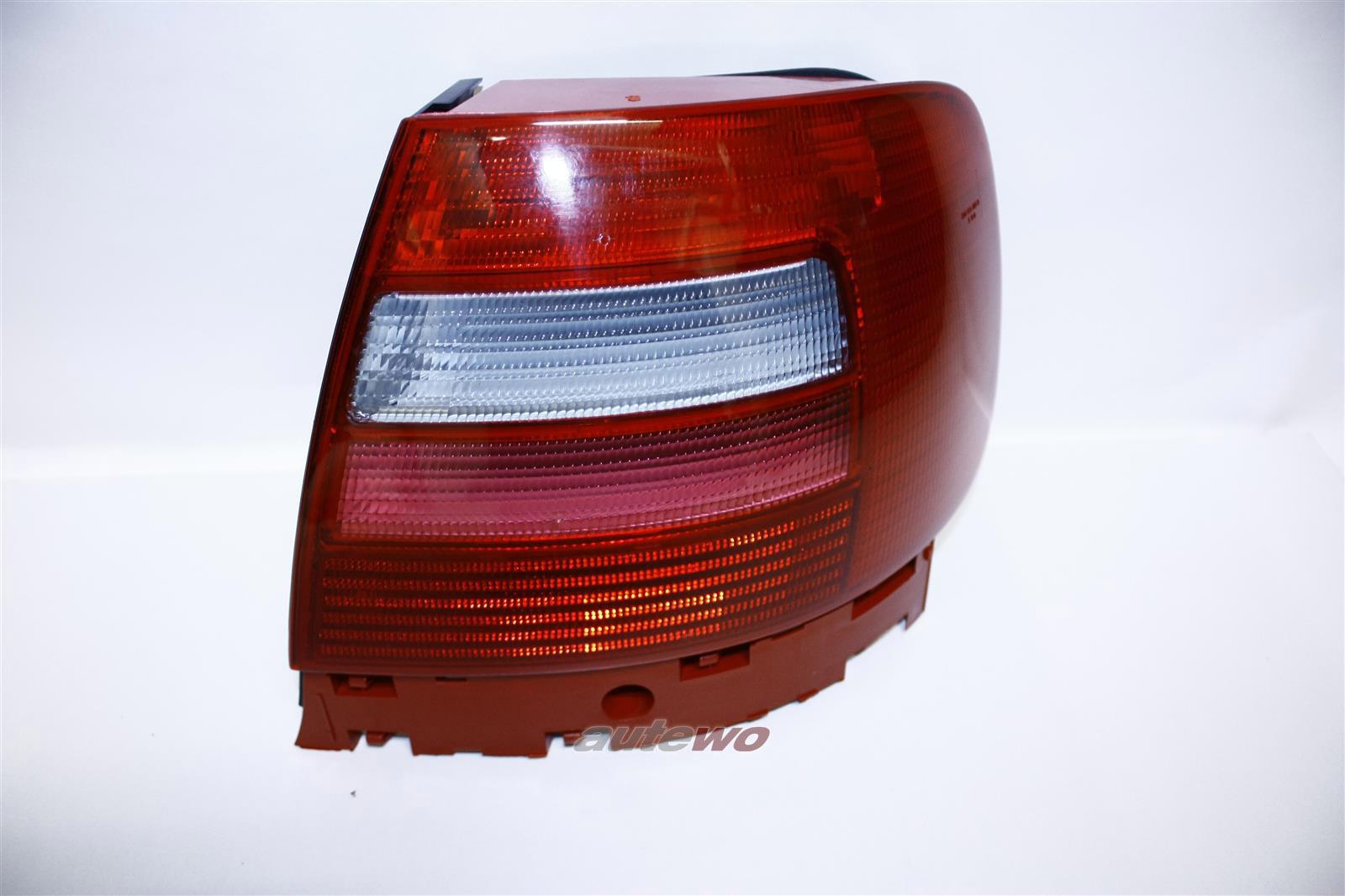 8D0945112D Audi A4/S4 B5 Limousine Rücklicht/Blinker Rechts