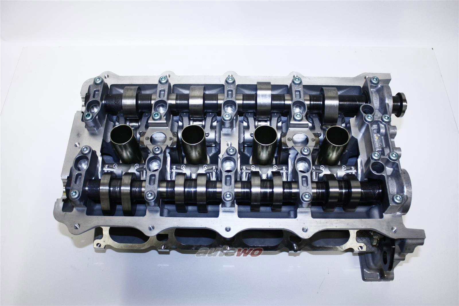 079103064RX/FX NEU Audi A6 4B Allroad 4.2l Zylinderkopf Rechts