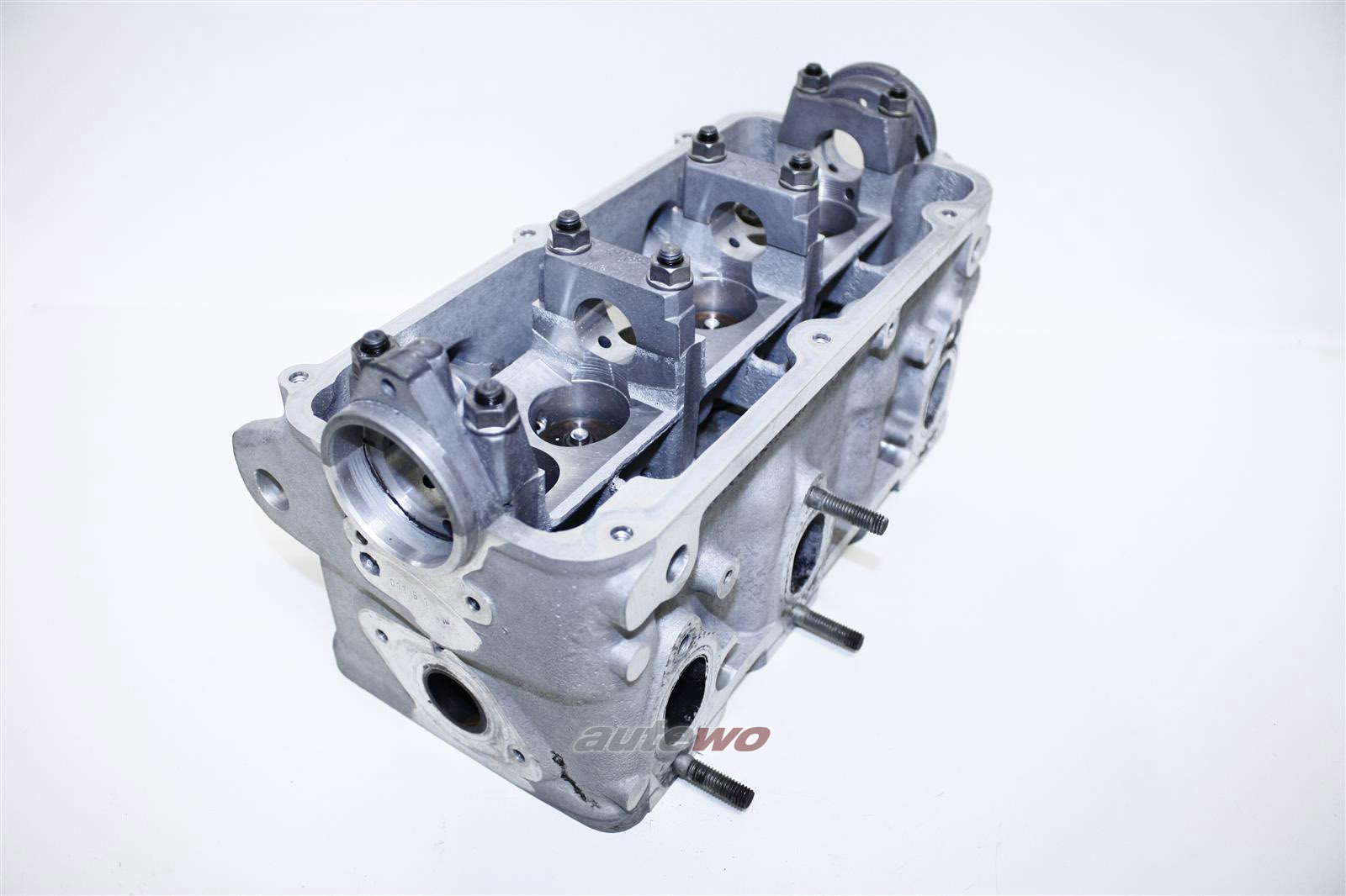 078103351B Audi 80 B4/100/A6 C4 2.6-2.8 ABC 23237 Zylinderkopf Rechts 143300km
