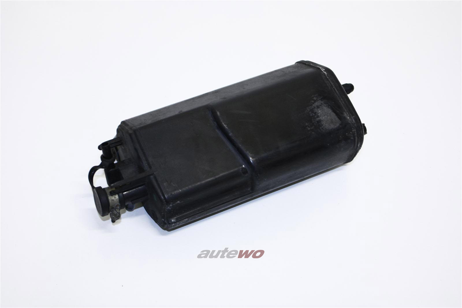 Audi 80/90 Typ 89 Aktivkohlebehälter 893201801A 893201801C
