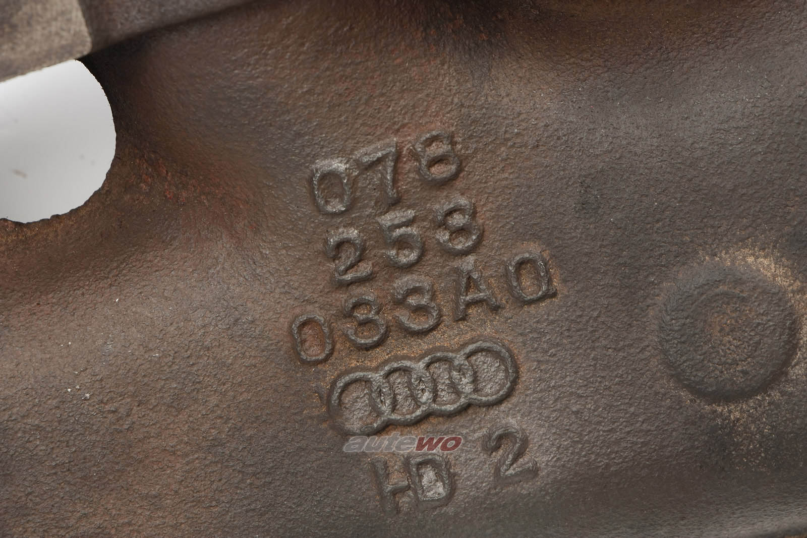 078253031BA/BJ 078253033AQ Audi A4 B5/A6 4B/A8 D2 2.4/2.8l Abgaskrümmer links
