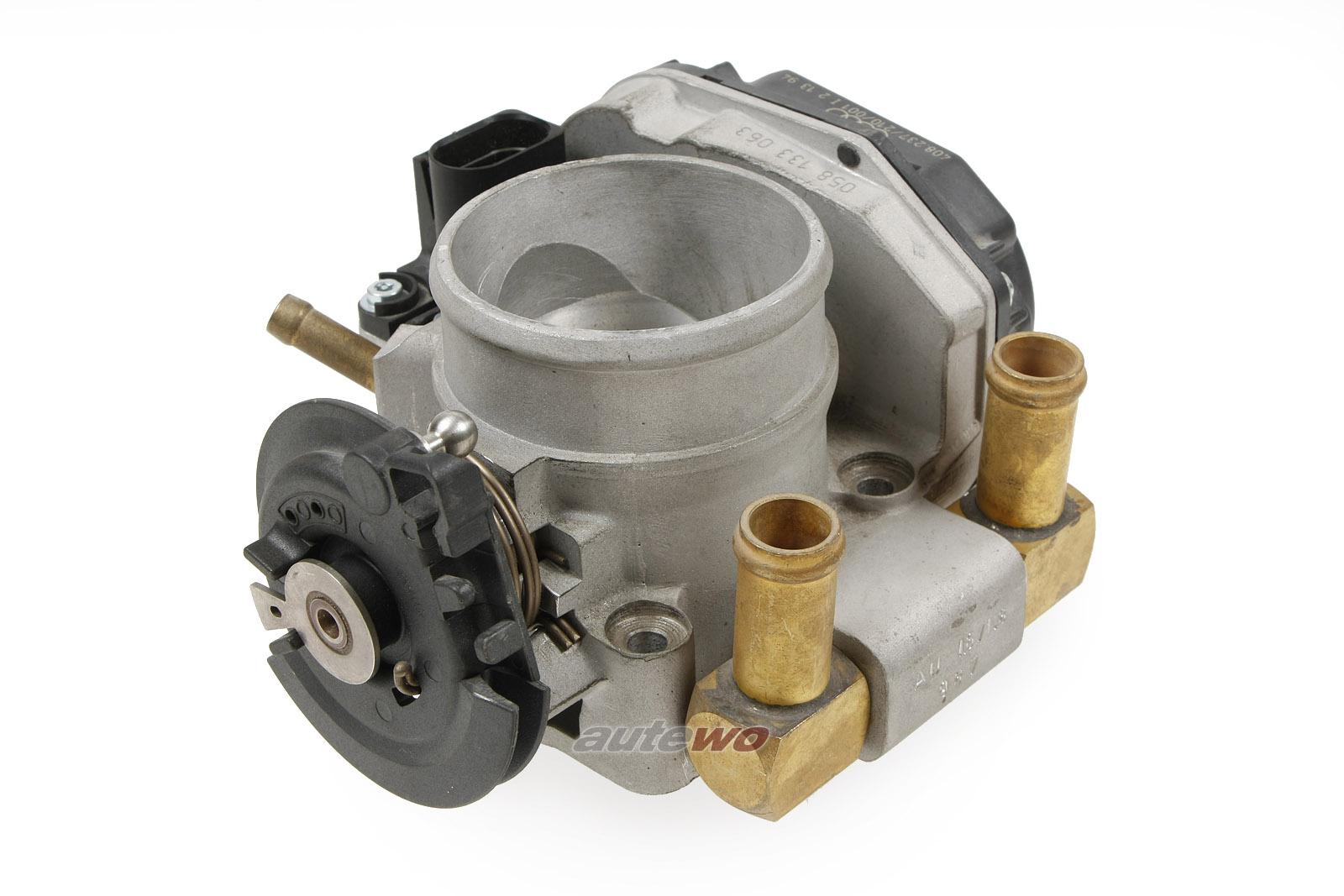 058133063 NEU Audi A4 B5 1.6/1.8l 4 Zylinder Drosselklappe Schaltgetriebe
