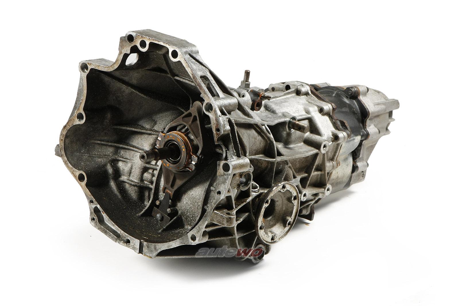 016300046HX Audi 100 Typ 44 2.23l Schaltgetriebe 5-Gang 5N 03117