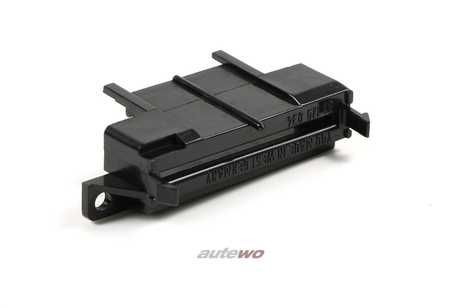 171919060A Audi 80/90 Typ 81/85/100/200 Typ 43/Urquattro Niederhalter Platine