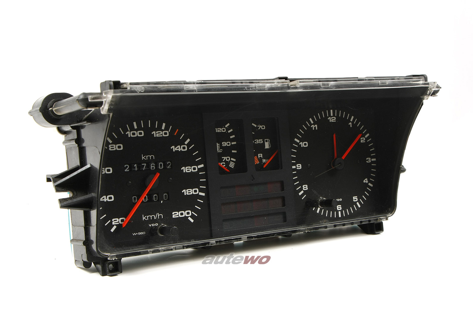811190A Audi 80/Coupe Typ 81 Kombiinstrument 200km/h 4 Zylinder