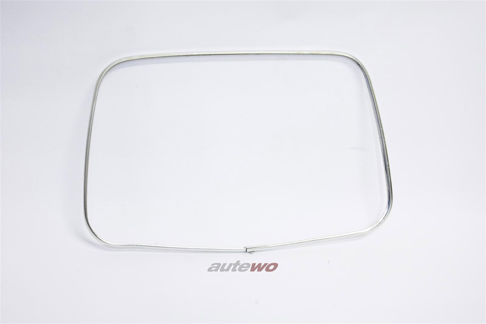 Audi 100/200 Typ 44 Zierrahmen Kopfstütze Vorne/Hinten