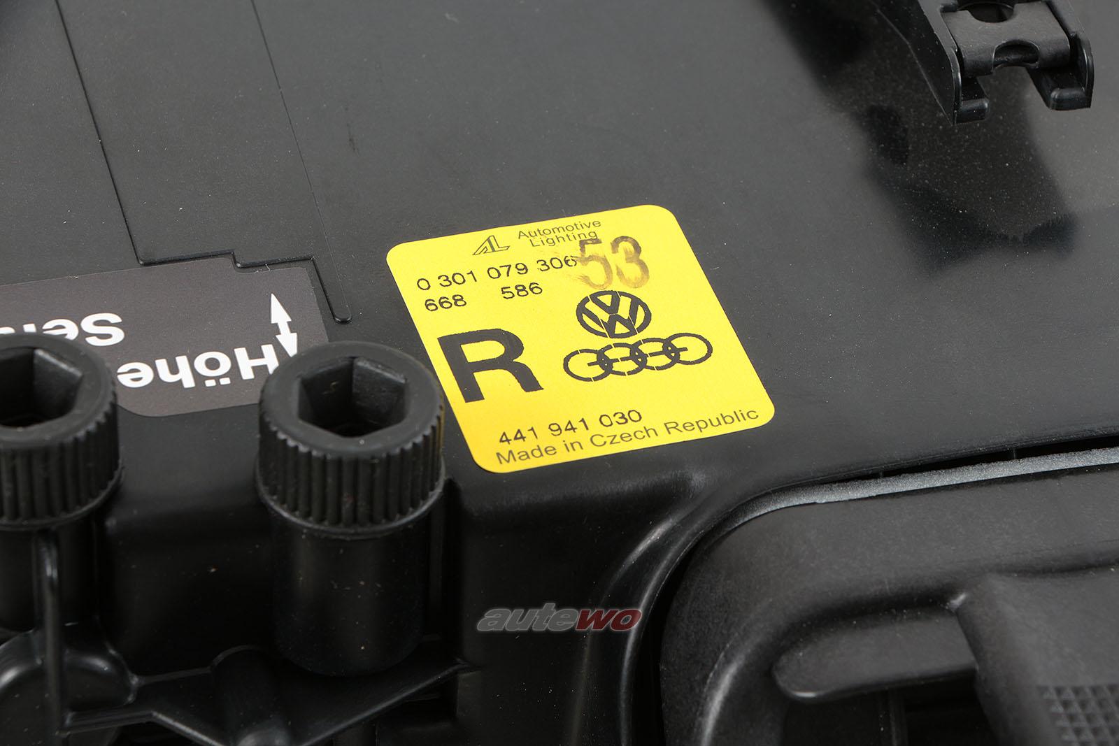 441941030 NEU Audi V8 D11 Scheinwerfer Rechts
