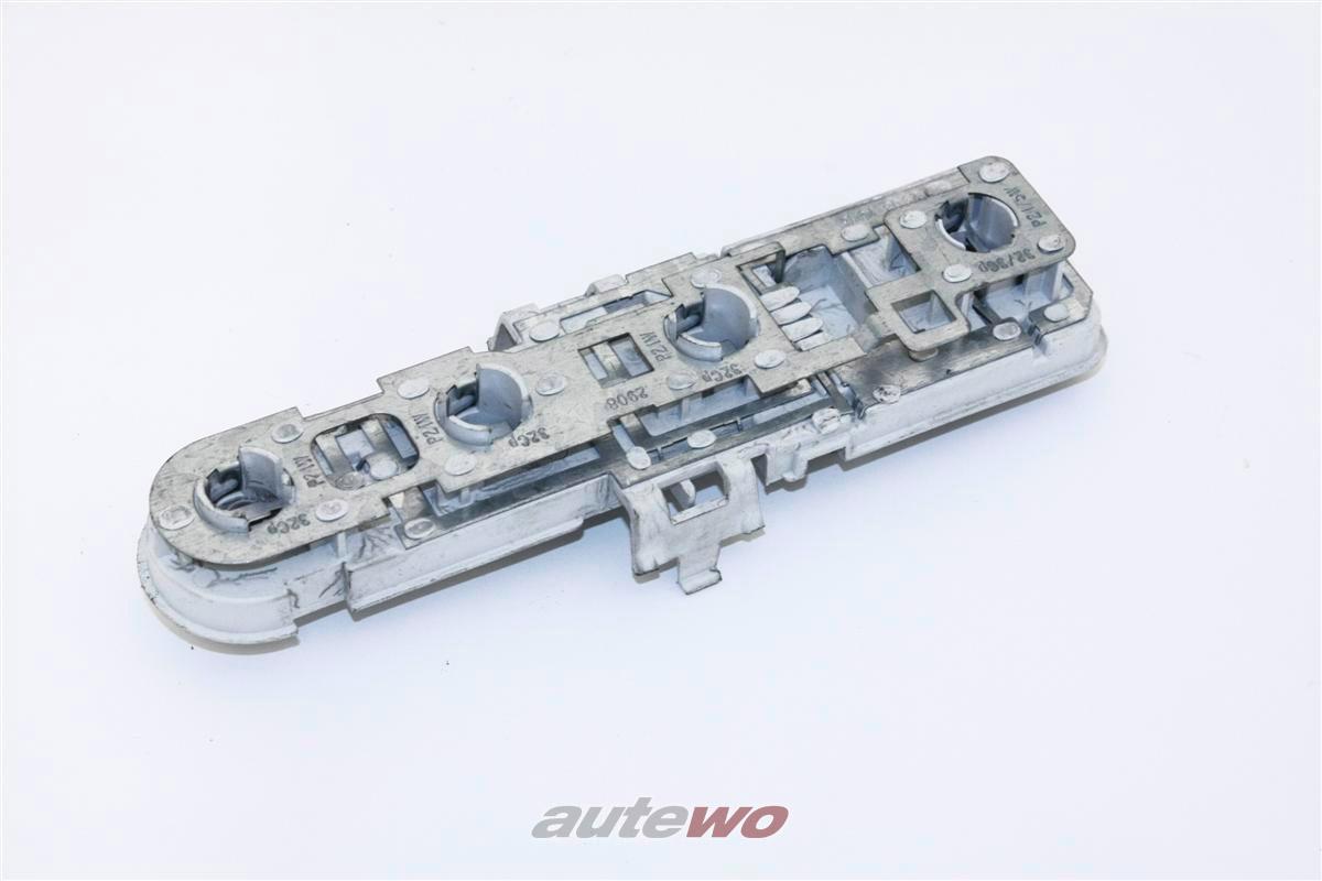 Audi A4/S4/RS4 B5 Avant Lampenträger Hinten Links/Rechts (identisch) 8D9945257