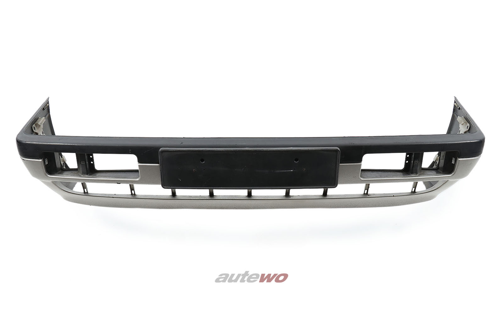 811807229M Audi 90/Coupe Typ 81/85 Limousine/Coupe Frontstoßstange Silber