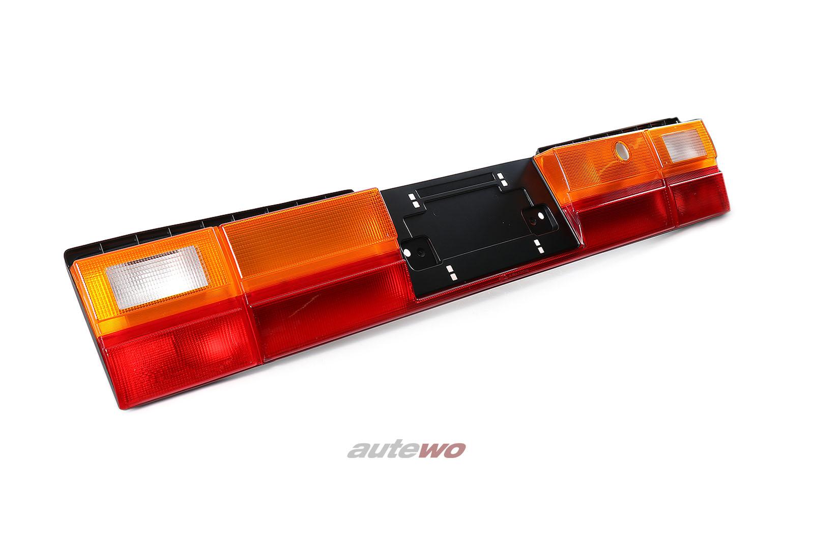 447945695N NEU Audi 100/200 Typ 44 Limousine Rückleuchtenband US-Version