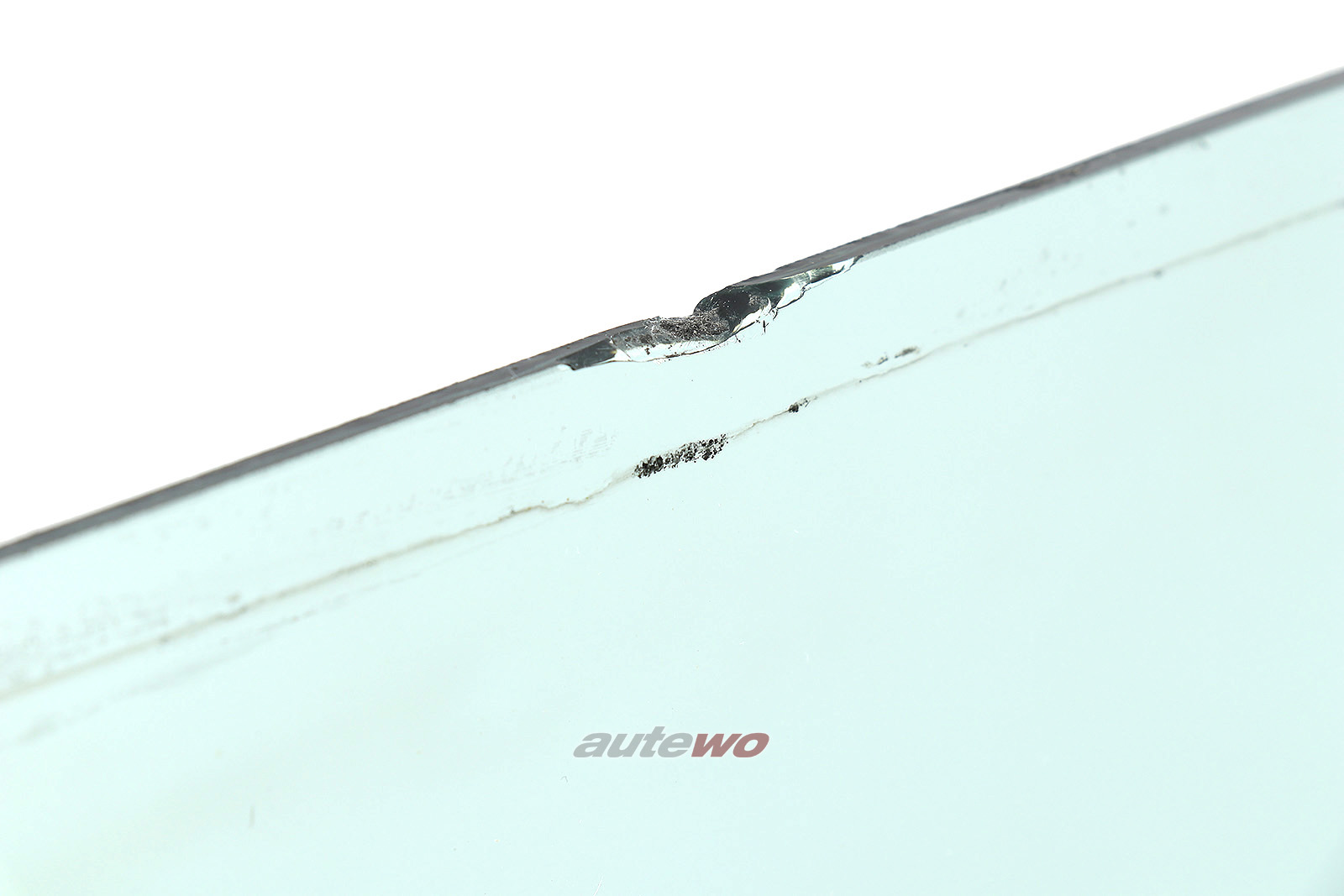 855845301A Audi Coupe Typ 81/85/Urquattro Seitenscheibe Hinten Links grün