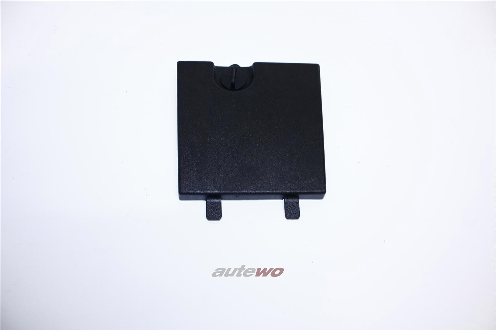 Audi A8/S8 D2 Abdeckung Rücklicht Rechts X08 grau 4D0863508B