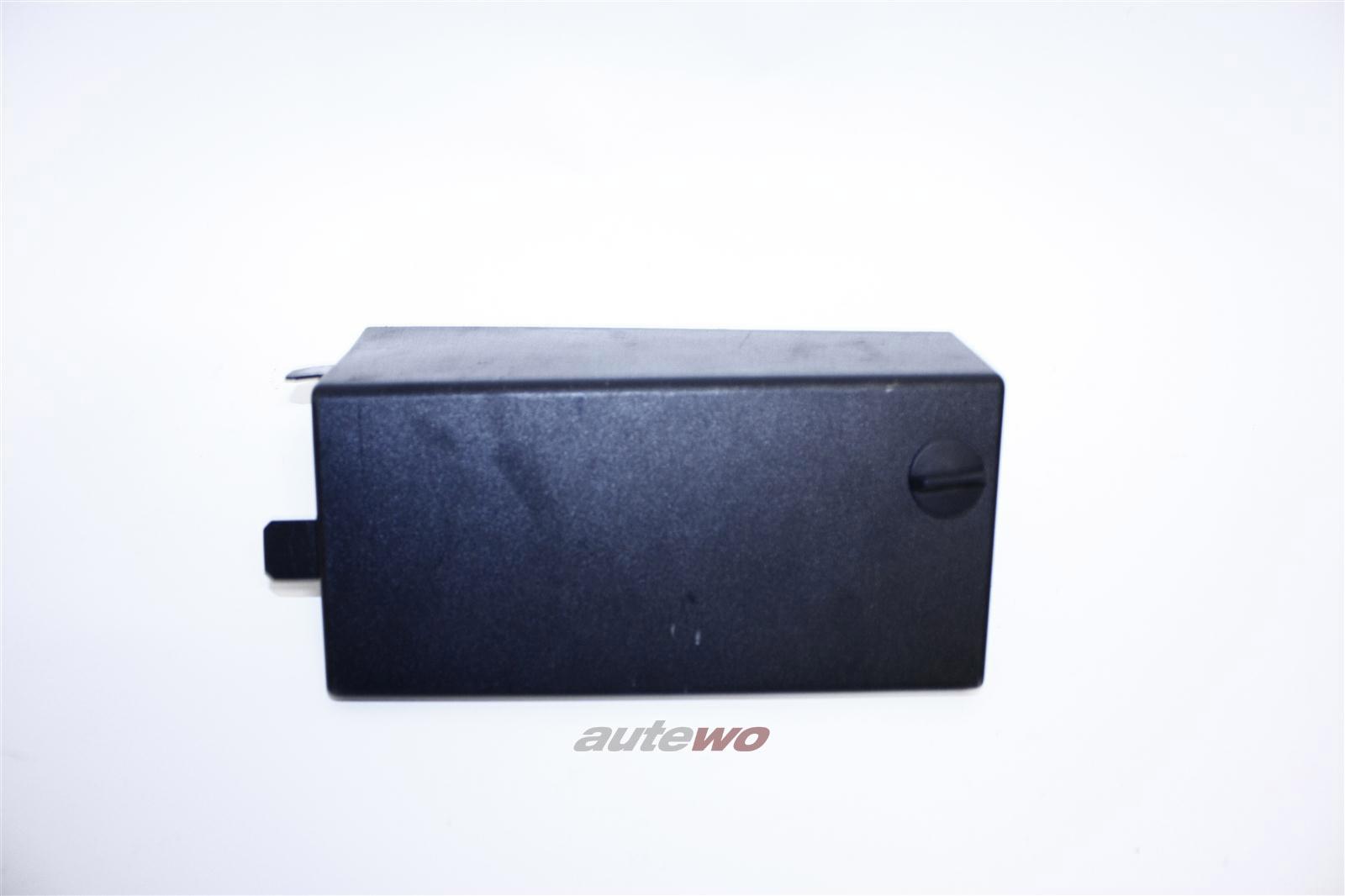Audi A8/S8 D2 Abdeckung Sicherungsträger X08 grau 4D0863989A