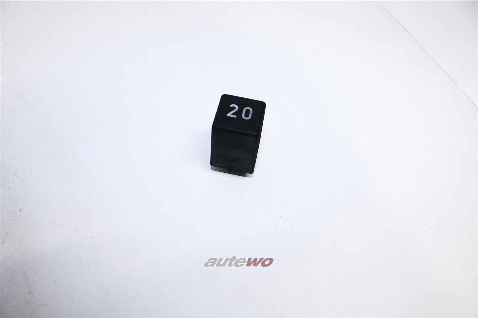 Audi 80/90/100/200 Relais 20 Scheibenwaschanlage hinten 191955529 171955529