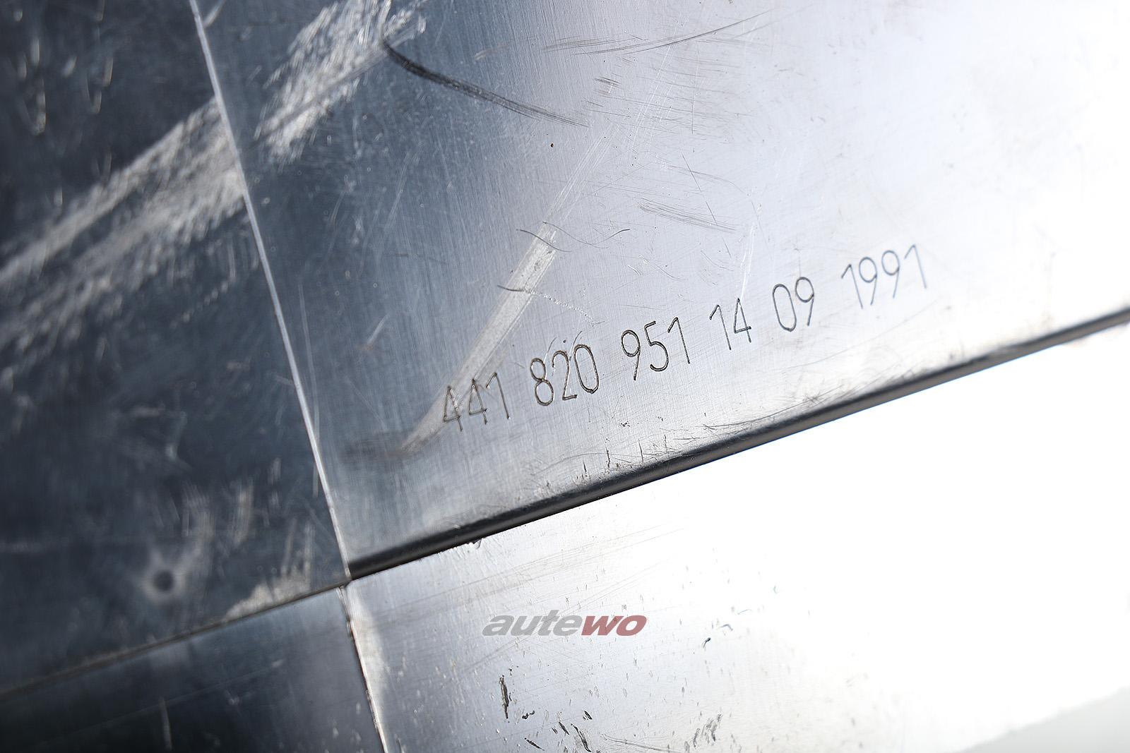 441820951 Audi V8 D11 Gehäuse Luftdüse Armaturenbrett Mitte