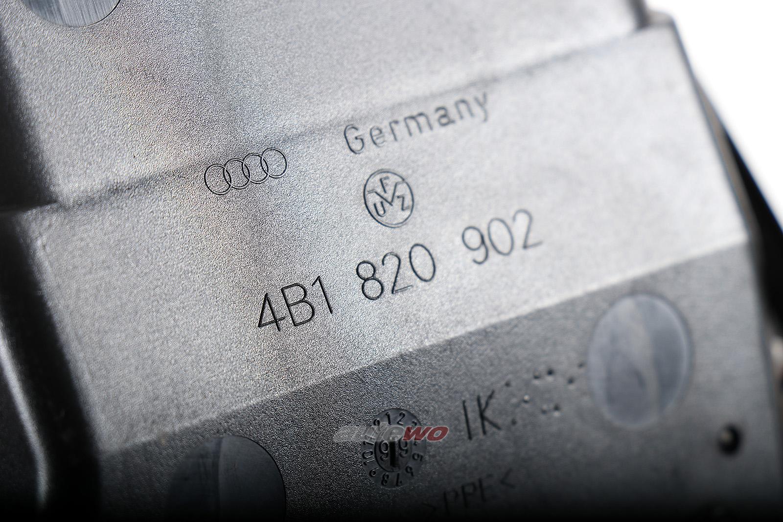 4B1820902D Audi A6 4B Luftdüse Armaturenbrett Rechts grau