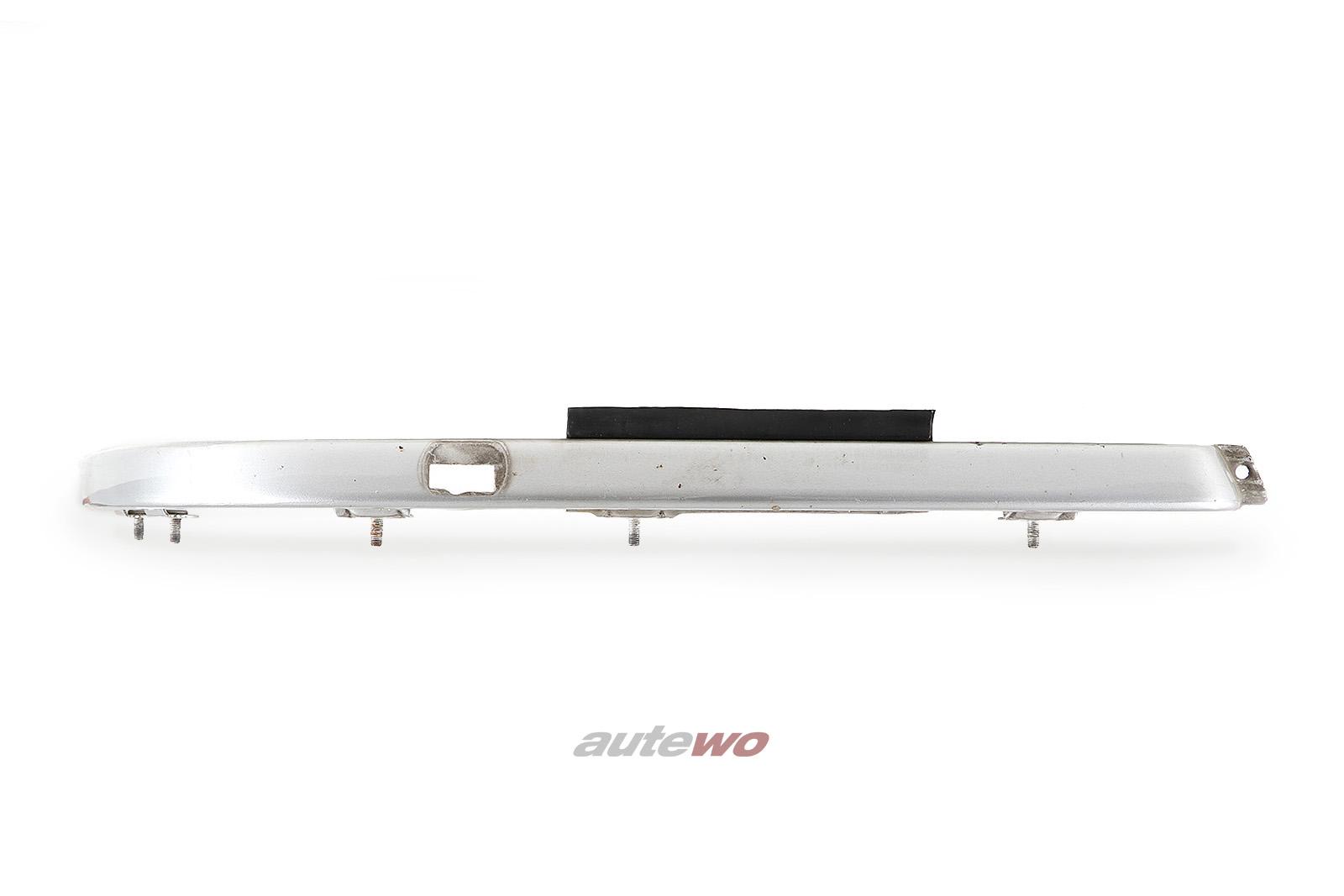 441805582G Audi V8 D11 Blende unter Scheinwerfer Scheinwerferreinigung Rechts