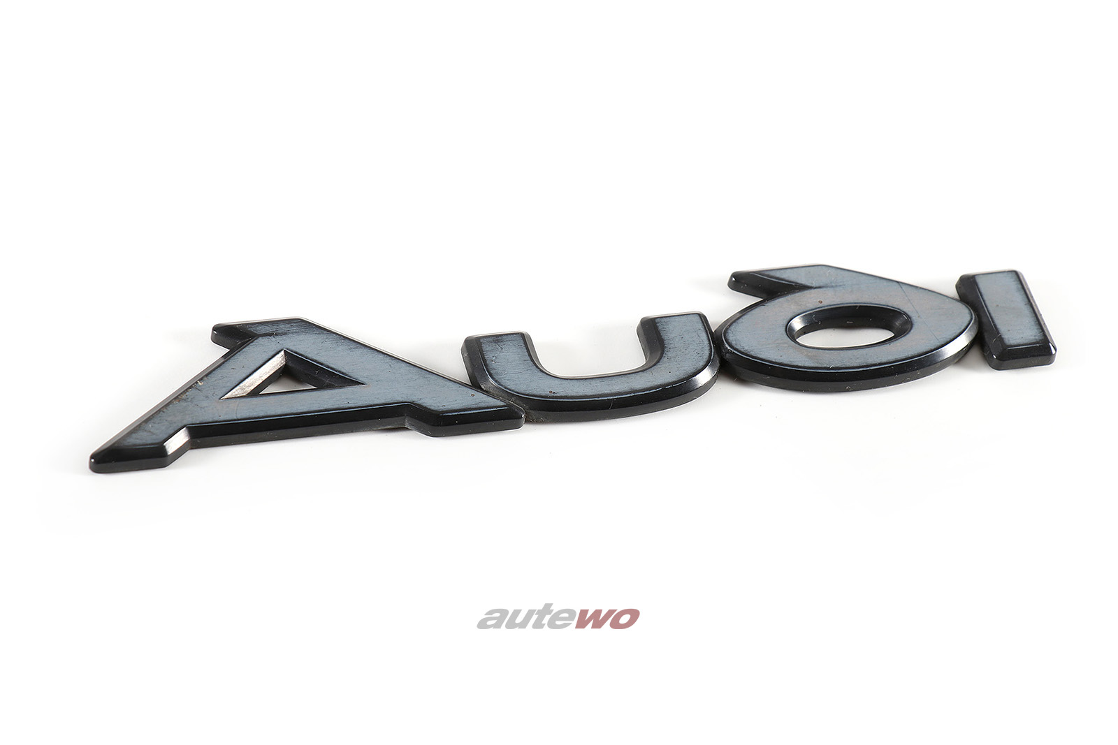 437853687 Audi 80/90/Coupe/Urquattro Typ 81/85 Audi Schriftzug Hinten