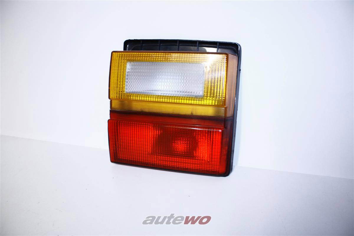 Audi 100 Typ 44 Limousine Rücklicht Klappe Innen Links 443945225