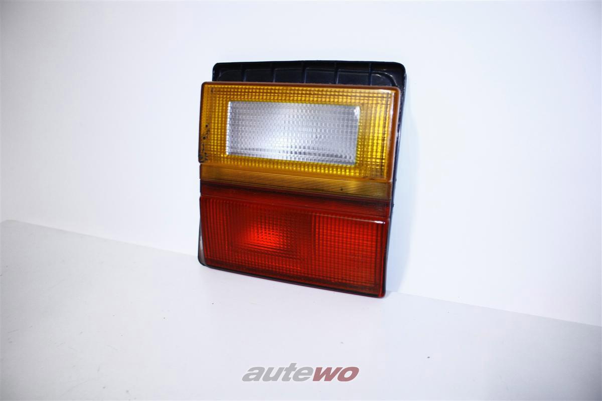 Audi 100 Typ 44 Limousine Rücklicht Klappe Innen Rechts 443945226