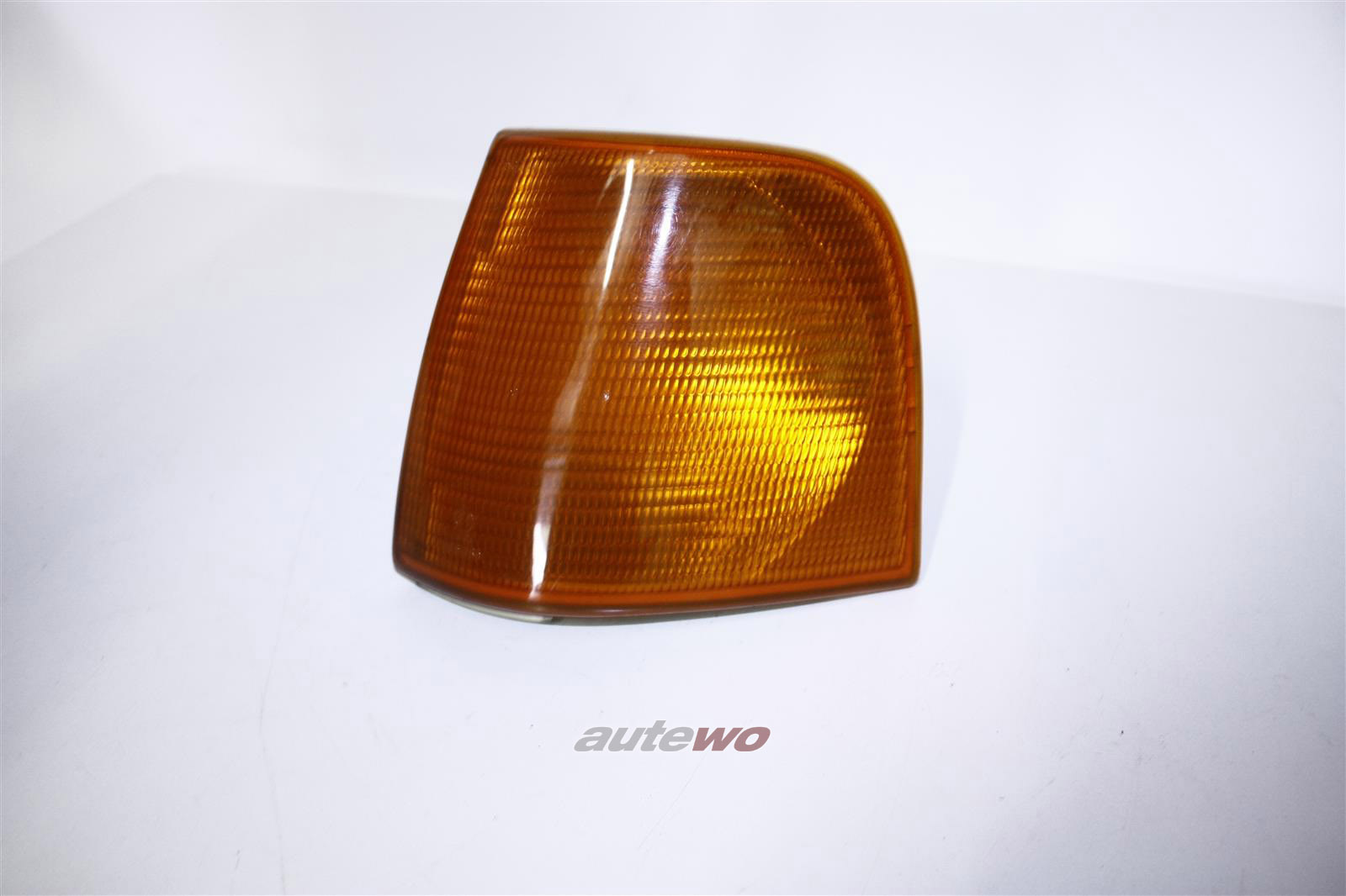 Audi 100 Typ 44 Blinker Links orange 443953049