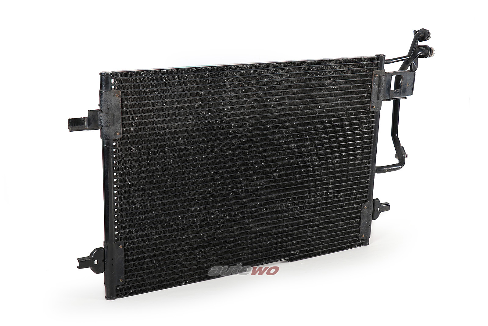 8D0260401D 8D0260403C  Audi A4 B5 4/6 Zylinder Klimakondensator