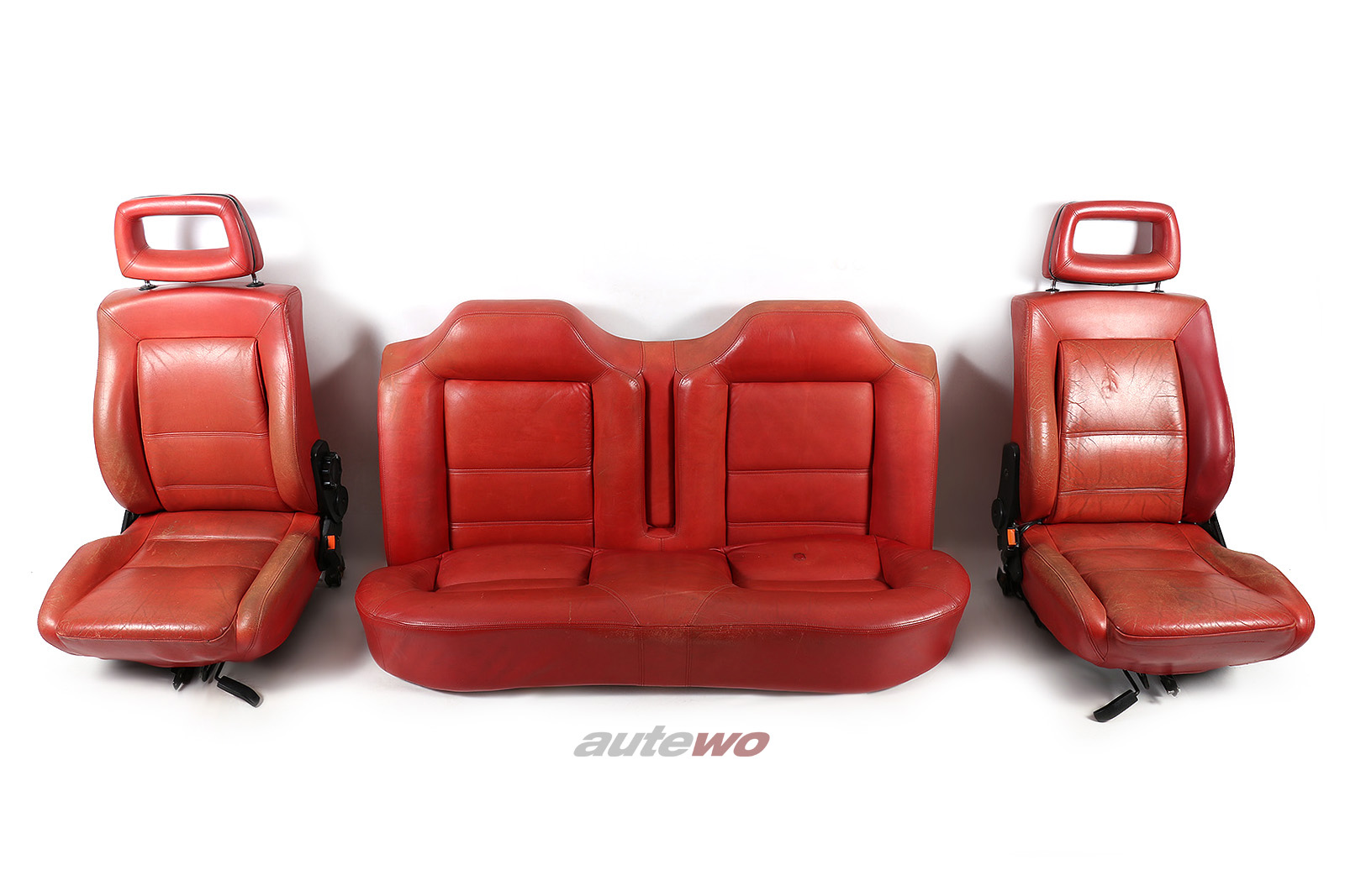 Audi Coupe Typ 85/Urquattro Vordersitze/Rücksitzbank Michelle Mouton Leder rot