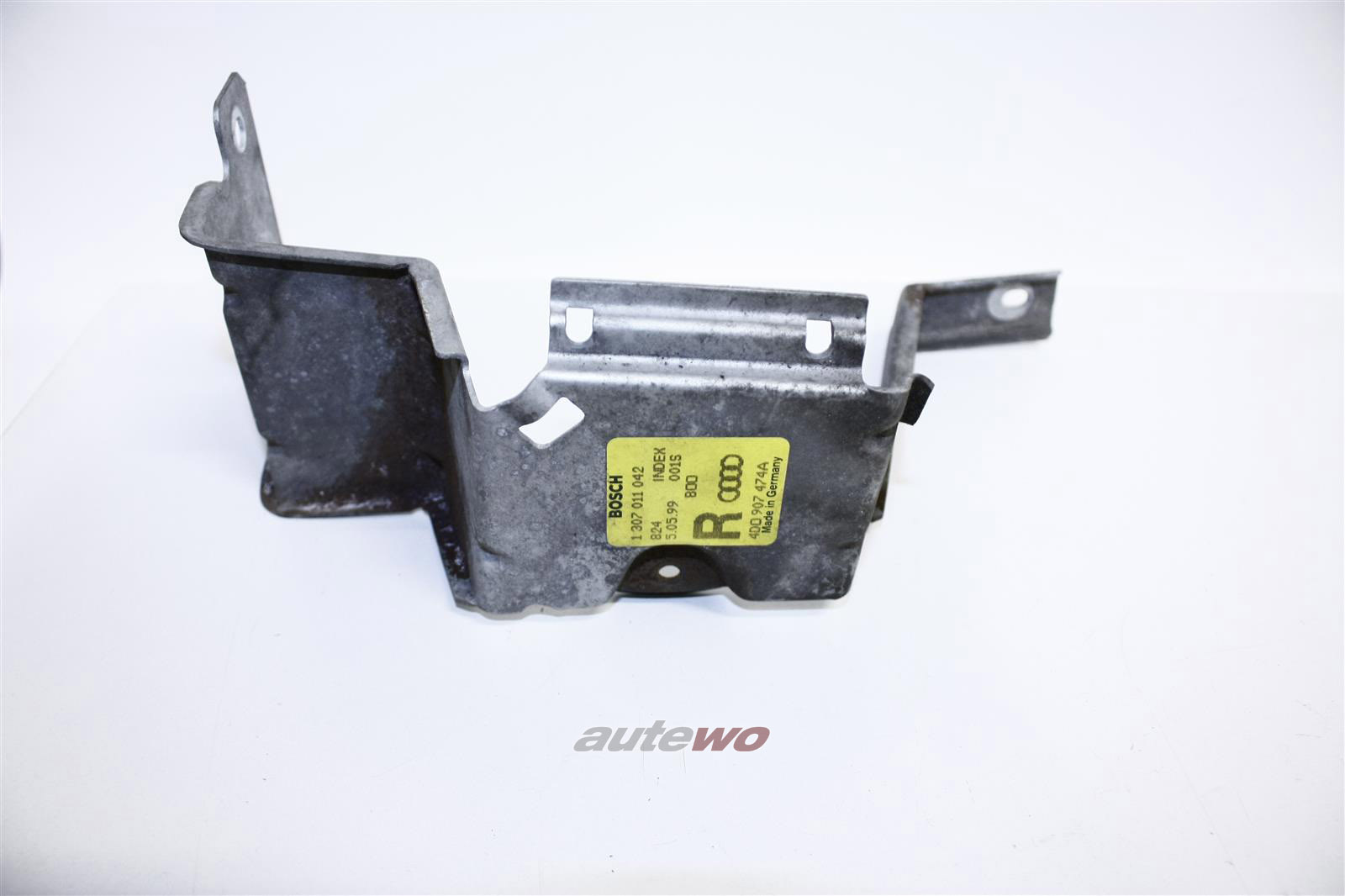 Audi A8/S8 D2 Halter Steuergerät Xenon Rechts 4D0907348