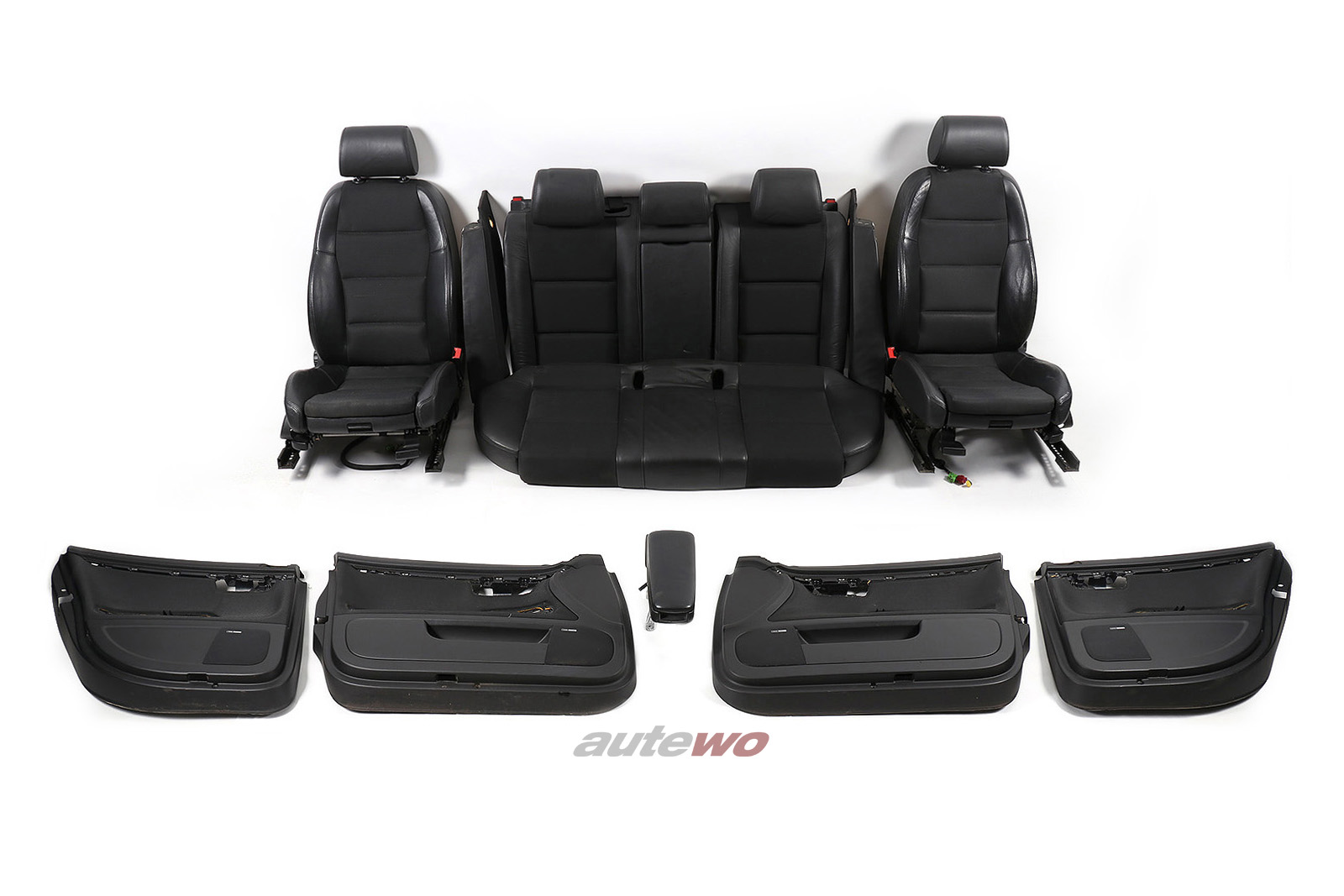 Audi A4/S4 8E Avant Innenausstattung Stoff/Teil-Leder Sportsitze Sitzheizung
