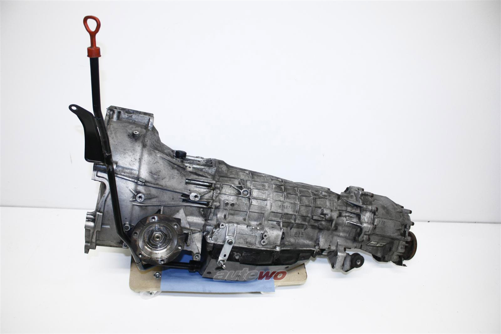 Audi V8 D11 4.2l 280PS ABH 4-Gang-Automatikgetriebe AZG 017745 018300027GX 157000km
