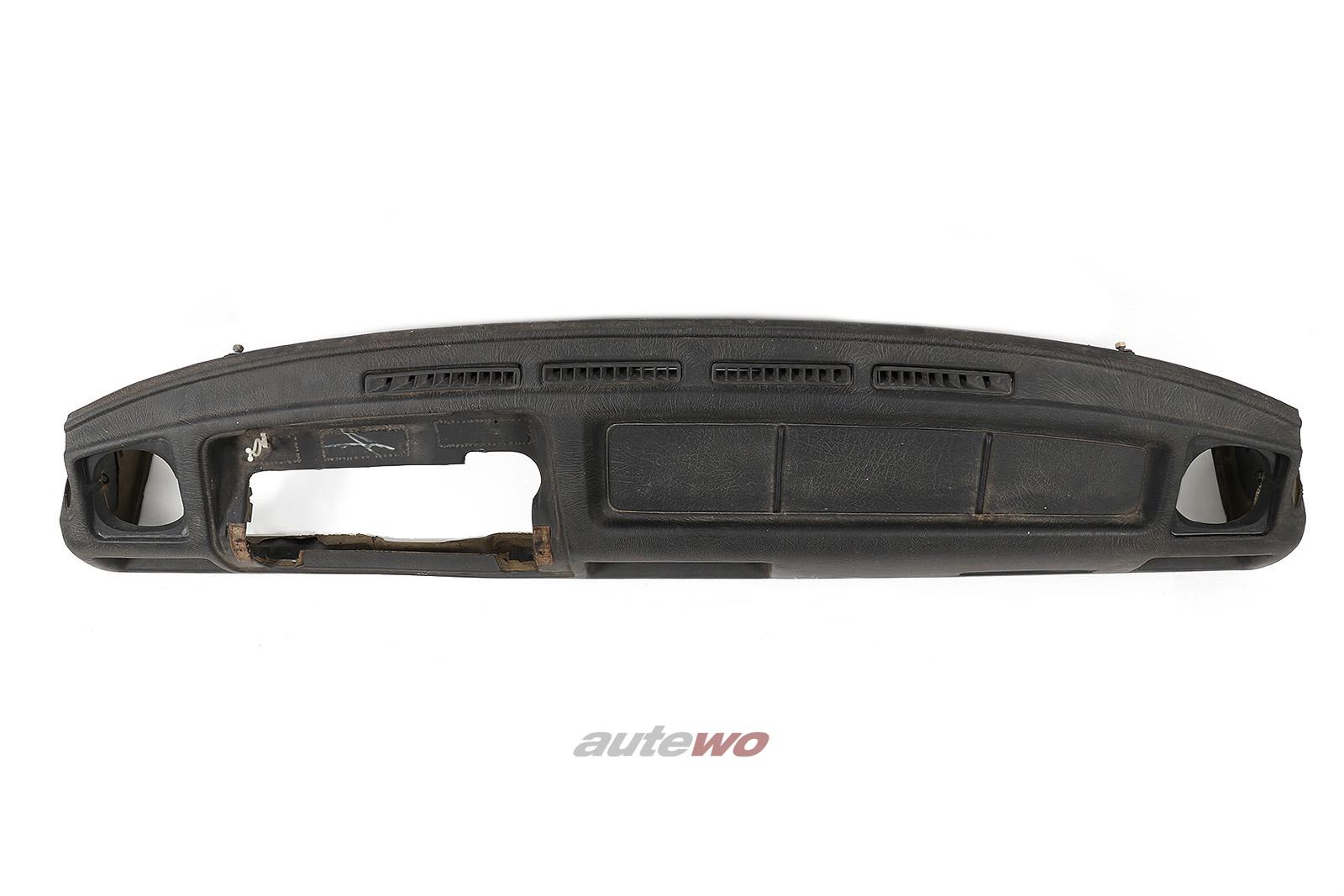857857003B 811857039P Audi 90/Coupe Typ 81/85/Urquattro Armaturenbrett negro