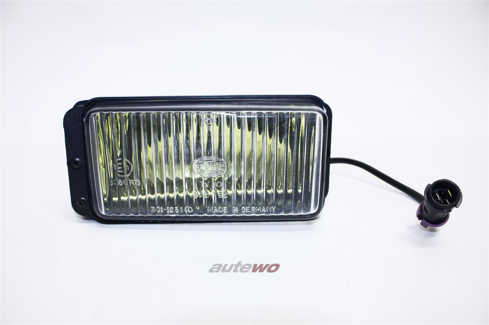 437941700 NEU Audi 100/200 Typ 43/C2/Urquattro Nebelscheinwerfer Gelb Rechts
