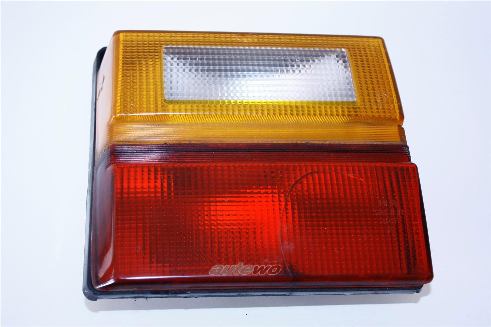 Audi 100 Typ 44 Limousine Rücklicht Heckklappe innen Rechts 443945226A 443945226