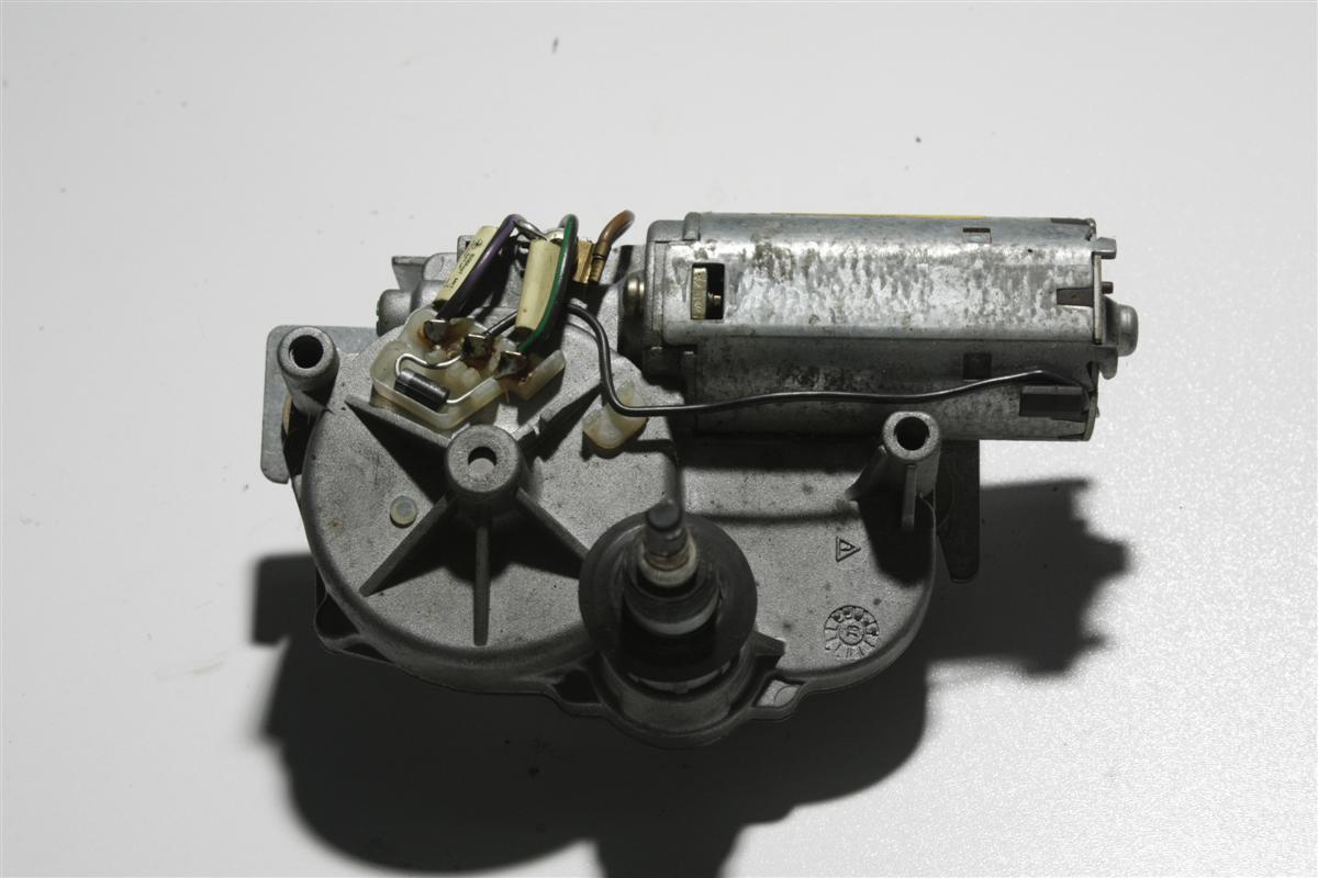 Audi 80 B4/100/A6 C4 Scheibenwischer Motor Hinten 8A9955713 4A9955711
