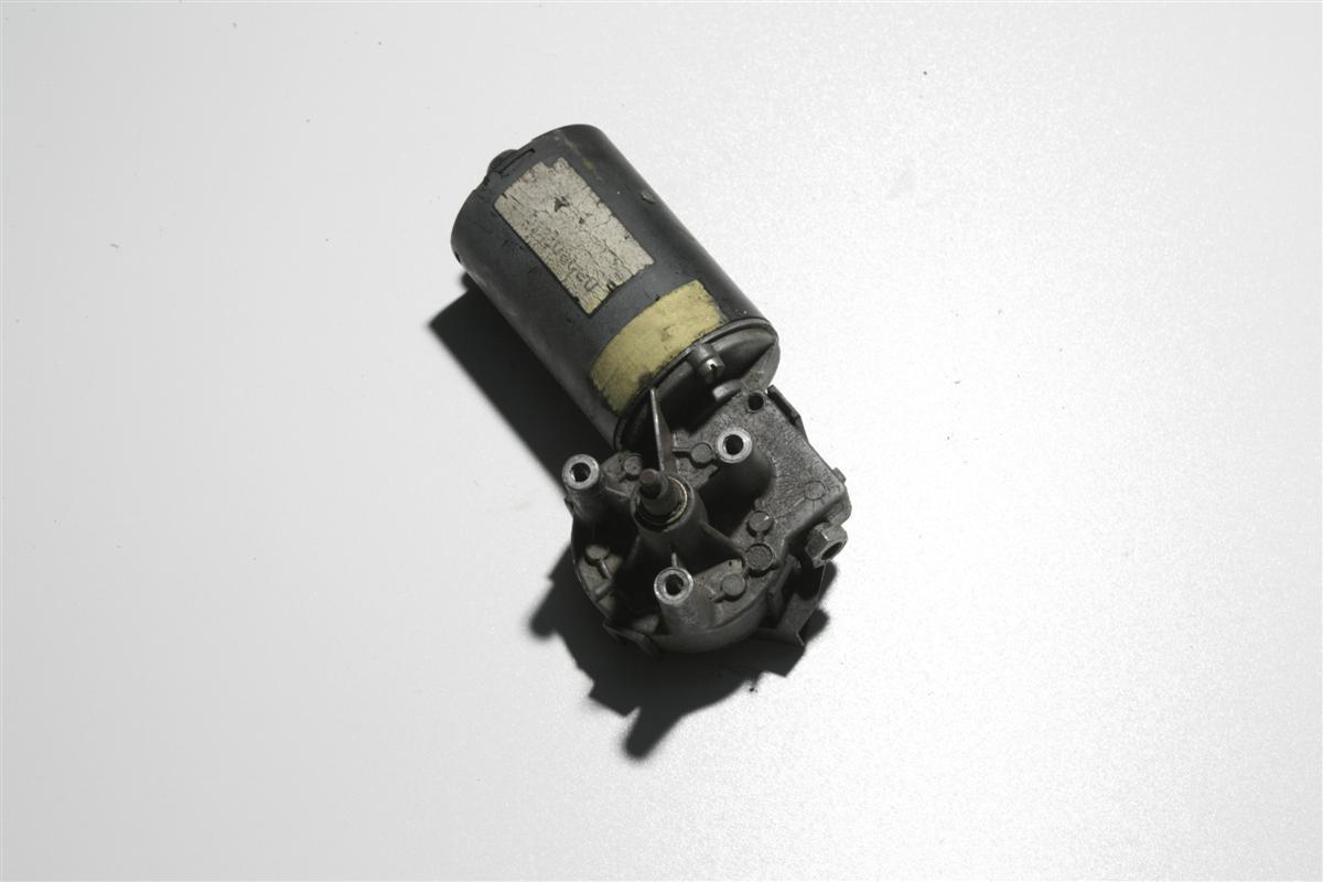 Audi 80/90 Typ 81/85/Urquattro Scheibenwischer Motor Vorne 811955113L