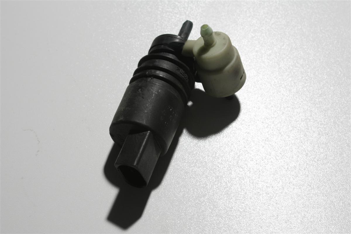 Audi/VW A3/A4/A6/Golf Pumpe Scheibenwaschanlage 1T0955651A